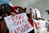 Tổng thống Nigeria cam kết cứu nữ sinh