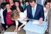 Syria bầu tổng thống trong bom đạn