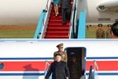 """Kim Jong-un """"khoe"""" phi cơ riêng ghi bằng tiếng Hàn"""