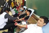 Hàng ngàn người hiến máu trong Ngày Chủ nhật đỏ
