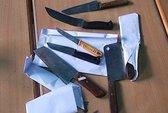 Truy tố kẻ dùng 6 con dao chém công an