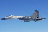 Máy bay Trung Quốc áp sát máy bay Nhật