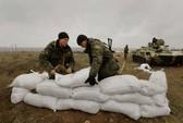 Lính Ukraine kiên định cắm trại ở biên giới Nga