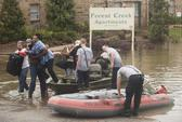Sau lốc xoáy, Mỹ hứng chịu lũ lụt