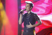 """Vietnam Idol: Chia tay """"lãng tử hát tình ca"""" Anh Quân!"""