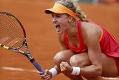 Eugenie Bouchard: Hương sắc trẻ tràn ngập Wimbledon