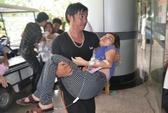 Hàng trăm công nhân Công ty giày Hong Fu lại ngất xỉu