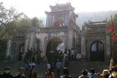 Đỏ đen trá hình tràn lan tại đền Bà Triệu