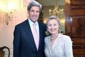 John Kerry và Hillary Clinton vô tình bị nghe lén
