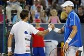 Radwanska sớm chia tay Stanford, á quân Isner bị loại ở City Open