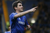 """""""Bật"""" thầy Mourinho, Oscar mất chỗ đứng ở Chelsea"""
