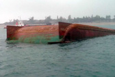 Huy động 60 thợ lặn tìm kiếm công nhân mất tích trên biển