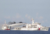 Tàu Trung Quốc quyết liệt tấn công tàu kiểm ngư, ngư dân Việt Nam