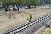 Băng qua đường sắt, thanh niên bị tàu hỏa tông văng 20m