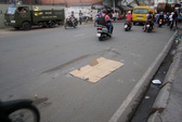 Va chạm với xe tải, một phụ nữ bị cán chết