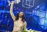 """Chiến thắng tại Eurovision, """"nữ hoàng có râu"""" mang vinh quang về Áo"""