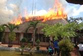 Tiền Giang: Cháy lớn ở nhà hàng Lộc Phố
