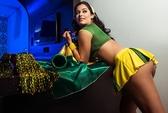 Người đẹp Paraquay chuyển sang cổ vũ Brazil