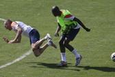 Robben gây gổ với đồng đội vì thói ăn vạ