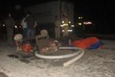 Hai xe tải va chạm, 4 người thương vong