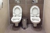 Nhà vệ sinh đôi ở Sochi gây tranh cãi
