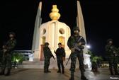 Mỹ tạm ngưng hợp tác quân sự với Thái Lan