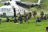 Ukraine: Trực thăng bị bắn hạ, quân đội