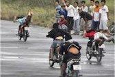 Phạt nặng nhóm thanh niên đua xe, lạng lách