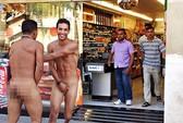 Nhức mắt vì du khách Ý khỏa thân ở Tây Ban Nha