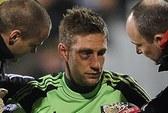 """Suarez khiến thủ môn Fulham """"nâu mắt"""""""