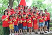 MV Quốc ca 1.300 người tham gia gây xúc động mạnh