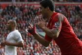 Suarez đi vào lịch sử Liverpool