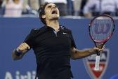 Federer ngược dòng hạ Monfils, vào bán kết gặp Cilic
