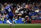 """""""Người nhện"""" Schmeichel trổ tài, Leicester vẫn trắng tay trước Chelsea"""