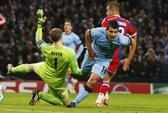 Lập hat-trick, Aguero đưa Man City trở về từ