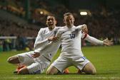 Rooney lập cú đúp, Anh vượt mặt láng giềng Scotland