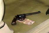 Khởi tố đối tượng mang theo súng đi giải quyết mâu thuẫn cá nhân