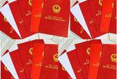 Gom hàng trăm sổ đỏ của người dân để tống tiền