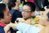Nghị sĩ Đài hỗn chiến vì Trung Quốc
