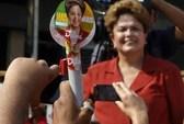 """Petrobras """"đốt"""" chính trường Brazil"""