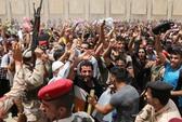 Mỹ tính chuyện không kích, Iran cử vệ binh đến Iraq