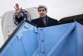 Ông Kerry vào tâm bão