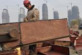 Trung Quốc oằn gánh nợ công