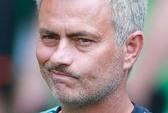 Mourinho gây chuyện với trọng tài