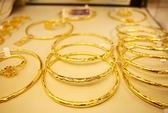 Tồn kho cả triệu món vàng trang sức