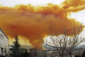 """Tây Ban Nha: 3 người bị thương vì """"mây độc"""""""