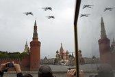 """Phi công Nga """"chúc mừng Quốc khánh Mỹ"""
