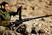 Quân đội Israel cự tuyệt phái đẹp lên xe tăng