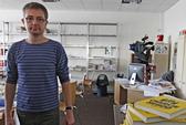 Tổng biên tập Charlie Hebdo thoát chết