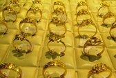 Giá vàng rớt thảm, về sát mốc 34 triệu đồng/lượng